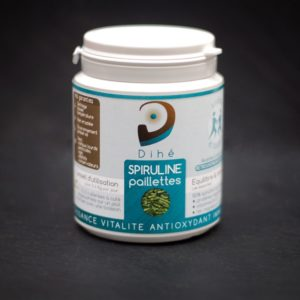Photo d'un pot de spiruline naturelle en paillettes Dihé
