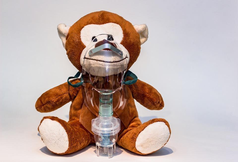 Inhalateur à vapeur utilisé pour libérer les voies respiratoires